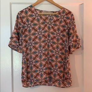 LOFT pink patterned blouse with ruffled sleeves